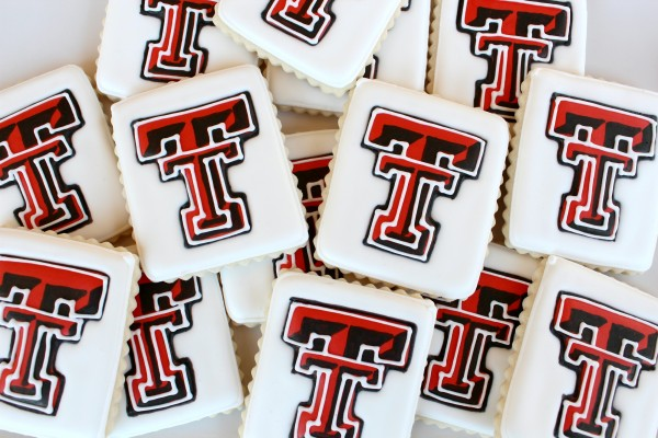 Texas tech double t cookies the sweet adventures of for Football cookie cutter template
