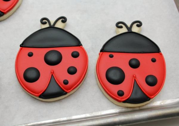 Easy Ladybug Cookies The Sweet Adventures Of Sugar Belle