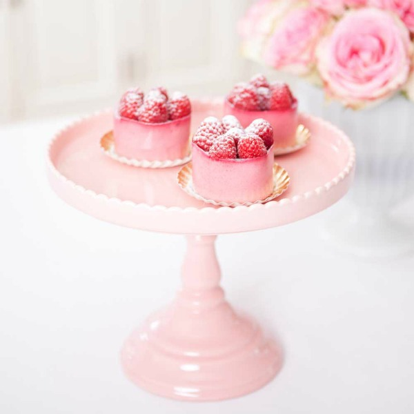 Pretty little party shop cake stand giveaway the sweet for Pretty cake stands