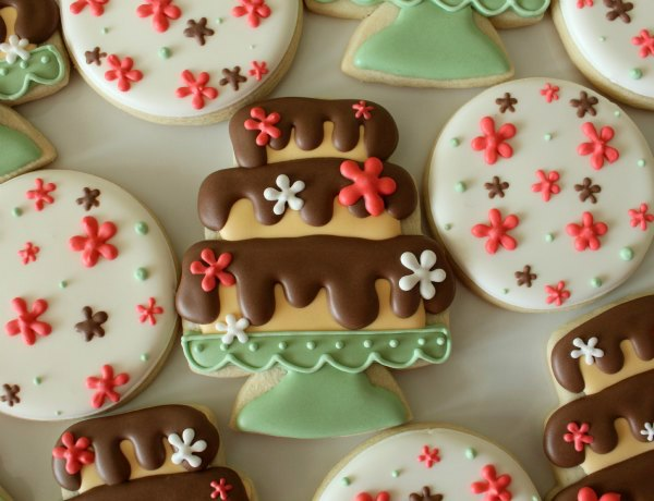 Pretty cake stand cookies the sweet adventures of sugar for Pretty cake stands