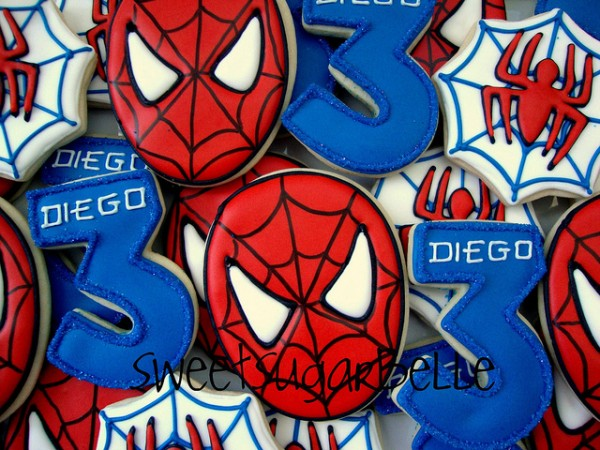 http://www.sweetsugarbelle.com/2012/08/simple-spider-man-cookies/