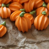 Royal Icing Pumpkins