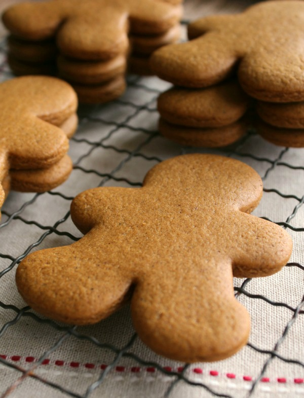 My Favorite Gingerbread Recipe | Sugarbelle #BringtheCOOKIES