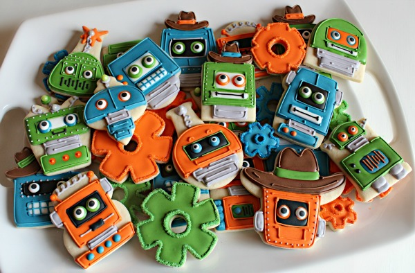 Creative Robot Cookie Platter