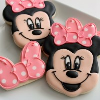 Minnie Mouse Bow Cookies 6