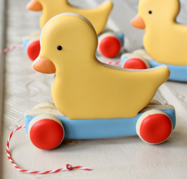 Duckie Pull Toy Cookie 3