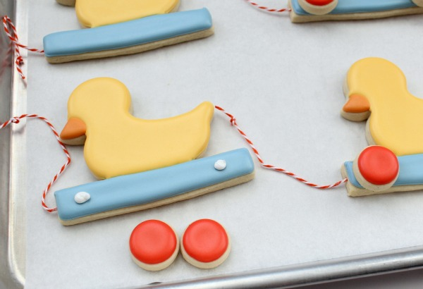 Duckie Pull Toy Cookies 12