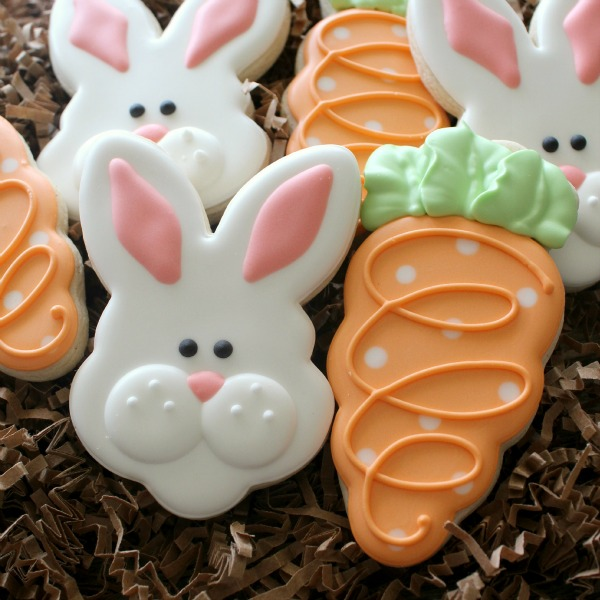 Bunny Face and Carrot Cookie
