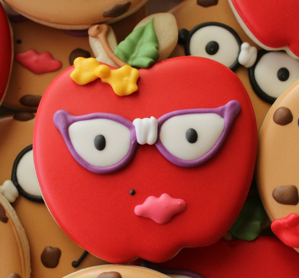 Nerdy Apple Cookie_Sweetsugarbelle 0
