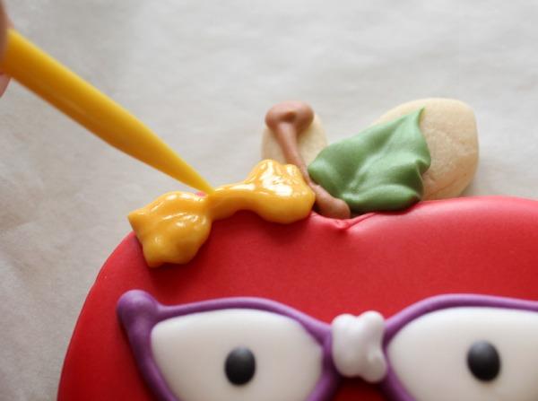 Nerdy Apple Cookie_Sweetsugarbelle 4