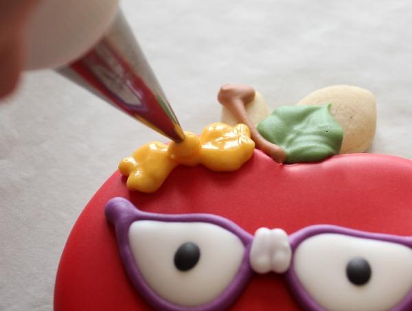 Nerdy Apple Cookie_Sweetsugarbelle 5