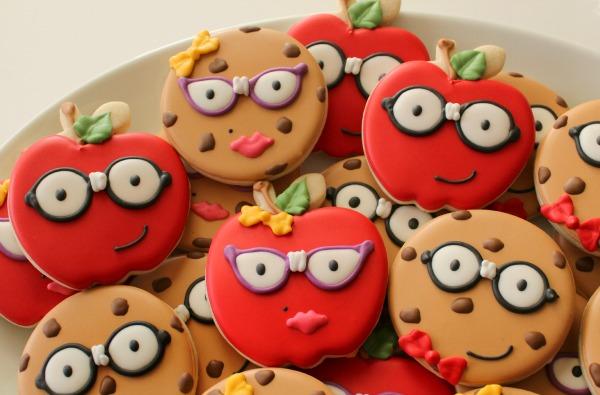Smart Cookie Cookies and Apples Platter