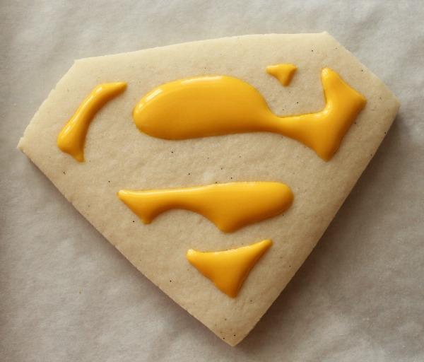 Superman Cookies 1