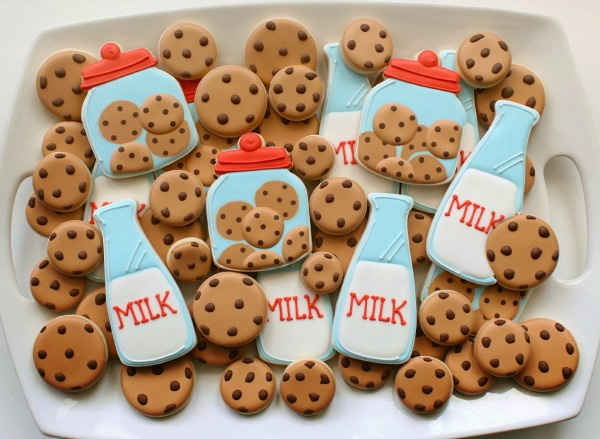 Cookies and Milk Cookie Platter