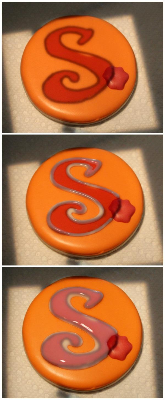 Rose Monogram Cookie 3