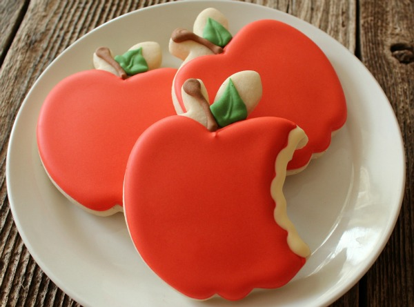 Bitten Apple Cookies Cookieologyblog