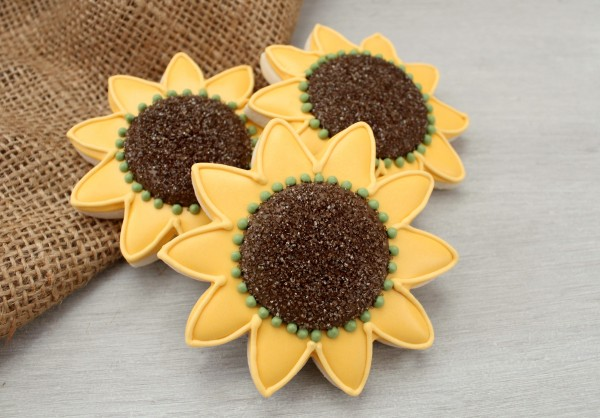 Sunflower-Cookies1-600x418