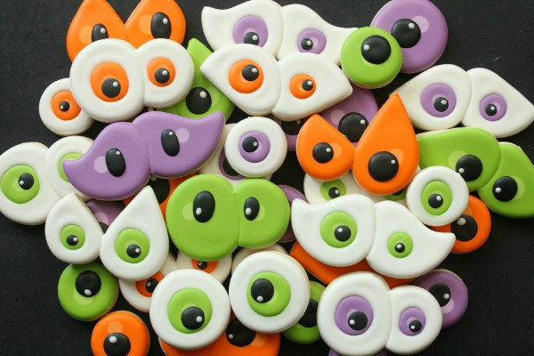 Creepy Eyeball Cookies