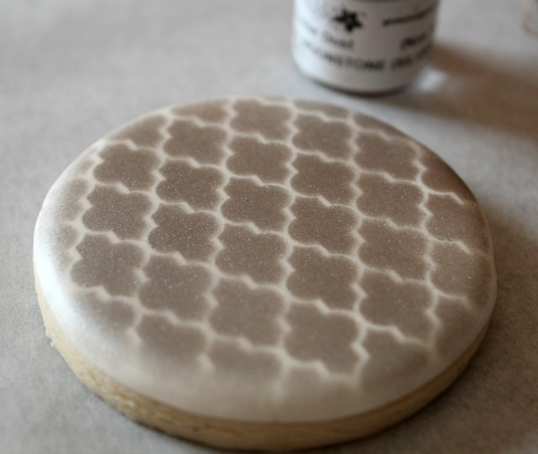 Perfect Cookie Stenciling 8