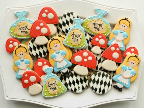 Alice in Wonderland Cookie Platter