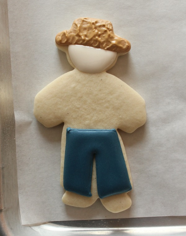 Standing Scarecrow Cookie 3