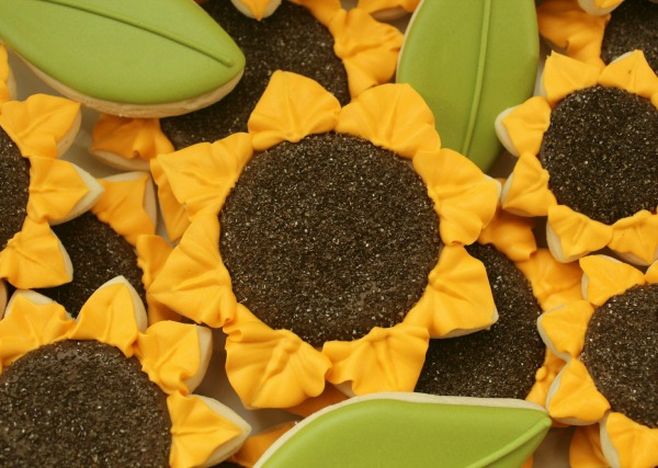 Sunflower Cookie Close Up_Sweetsugarbelle