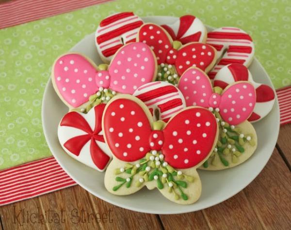 KlickitatStreet Mistletoe cookies