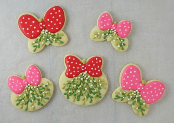 KlickitatStreet various mistletoe cookies