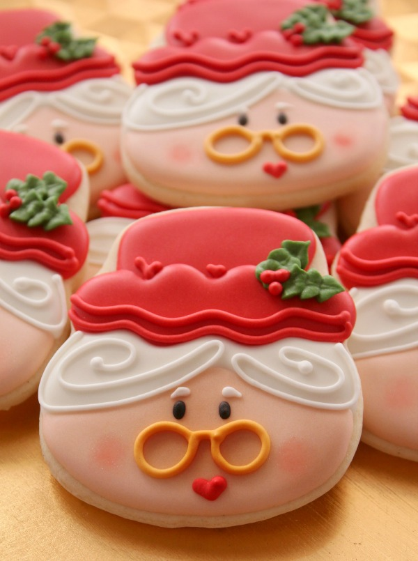 Mrs. Claus Cookie via Sweetsugarbelle