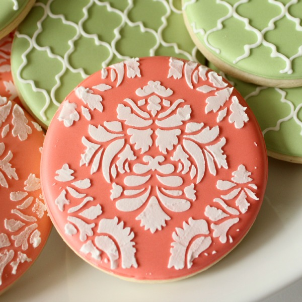 How to Make Coral Royal Icing