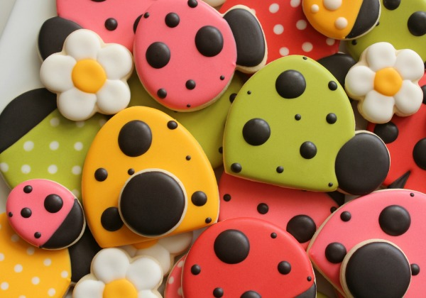 Simple Ladybug Cookies Sweetsugarbelle