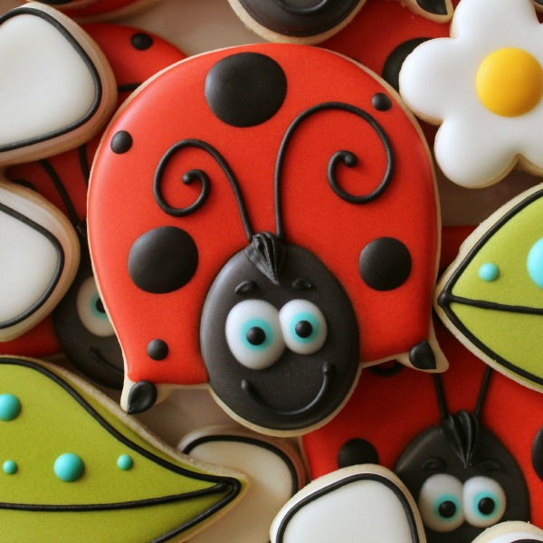 Cute Ladybug Cookie_Sweetsugarbelle