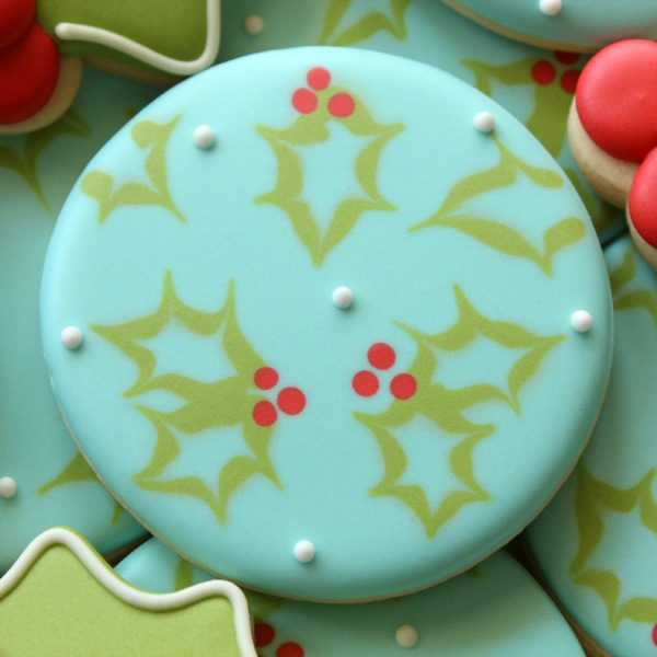 Rustic Holly Cookie Close Up HR