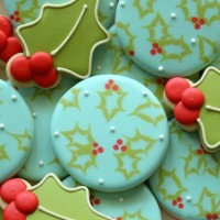 Rustic Holly Cookies