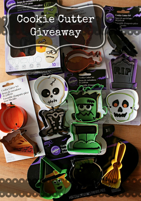 Autumn Halloween Cookie Cutter Giveaway