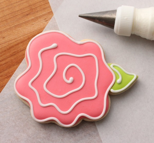 Simple Decorated Rose Cookies