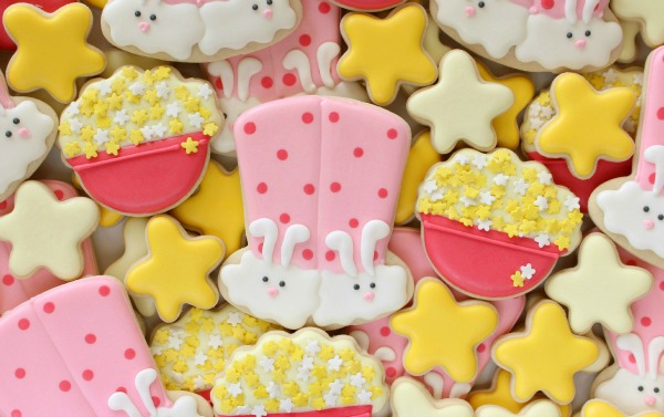 Cute Fuzzy Bunny Cookies for a Sleepover via Sweetsugarbelle.com