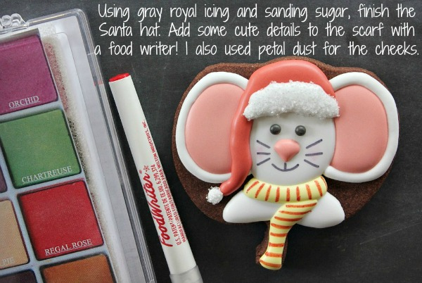 Happy little Christmas Mouse Cookie by YGY, as featured on SweetSugarbelle.com