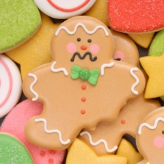 How to make bitten gingerbread men cookies for Christmas via Sweetsugarbelle.com
