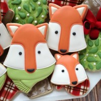 How to make creative woodland fox cookies with Clough'd 9 Cookies via Sweetsugarbelle.com